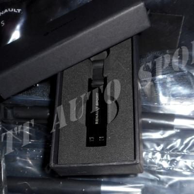 Clef USB Renault Sport officielle 16GO